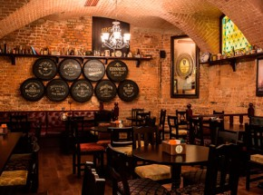 Паб-Tap-&-Barrel-Pub-Москва-2