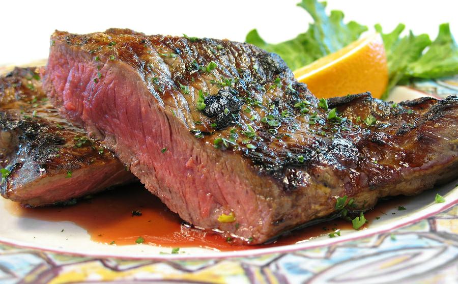 Ресторанные новости - Фестиваль поедания мяса в Черчилль паб