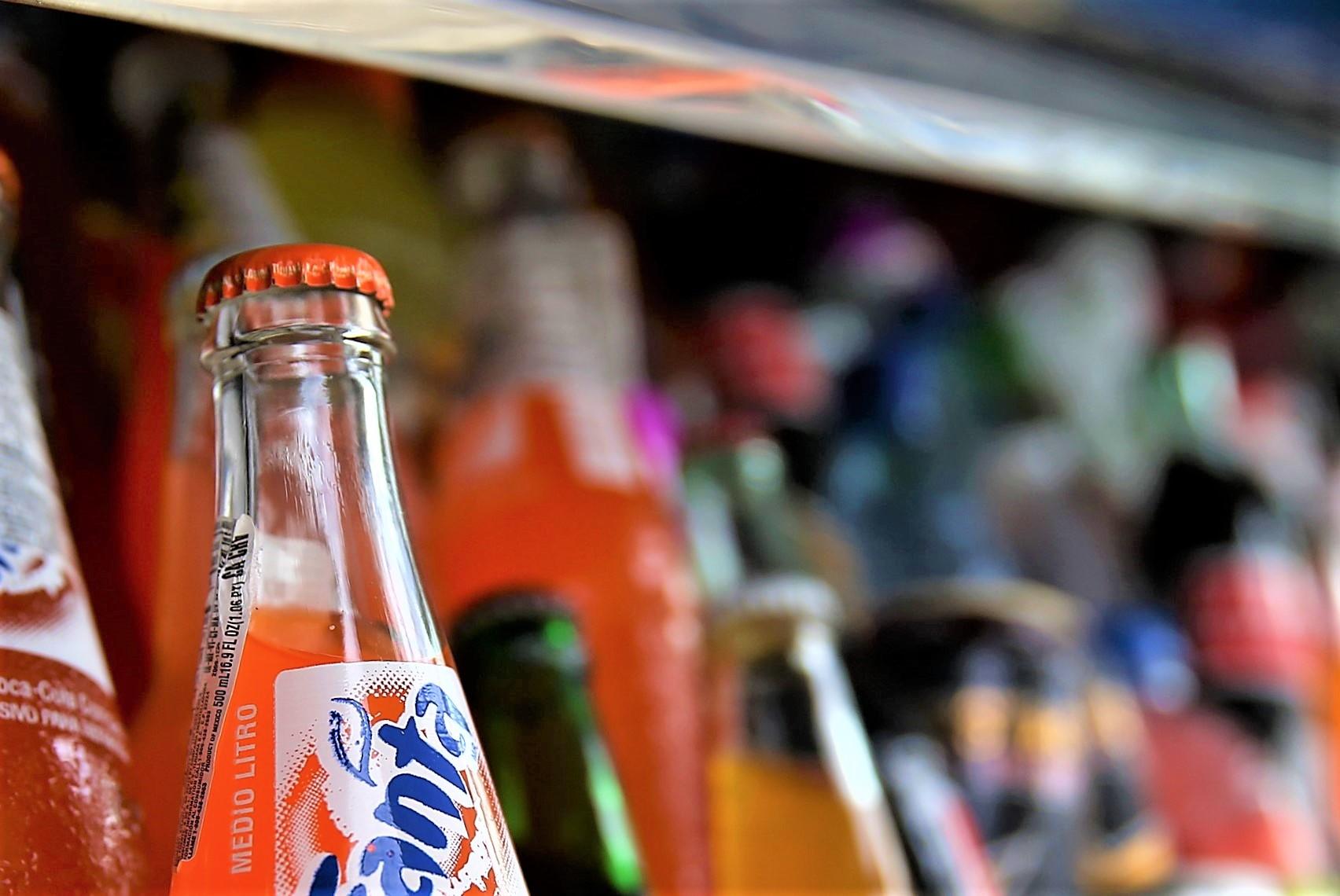Газированные и сокосодержащие прохладительные напитки